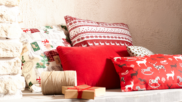 mondial tissus pr sente sa collection de no l. Black Bedroom Furniture Sets. Home Design Ideas